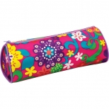 Penar cu 1 fermoar model florar abstract, material polyester. Dimensiune 210 x 60 x 70mm.